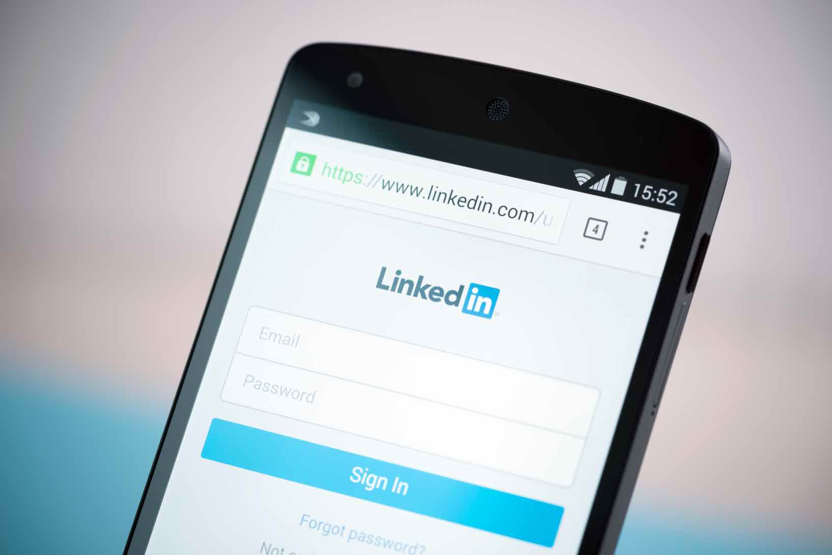 10 Essential Hacks For Linkedin in 2020